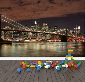 Мост в огнях ночного Нью-Йорка